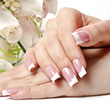 POWDER PINK & WHITE NAILS